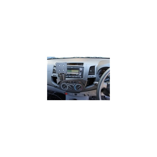 Toyota Hilux In-Dash Mount